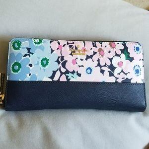 Kate Spade Daisy Garden Wallet